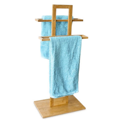 alina bambusz álló törölközőtartó állvány kék színű törölközőkkel