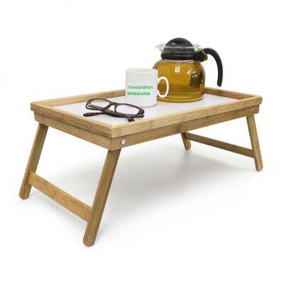 Bambusz keretes ágytálca fehér belső betéttel teázáshoz előkészítve