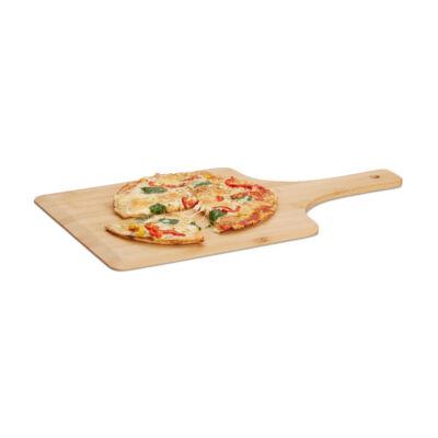 Nagyméretű pizzalapát bambuszból rajta egy friss pizzával